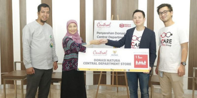 Central Department Store Gandeng Baznas Salurkan Donasi